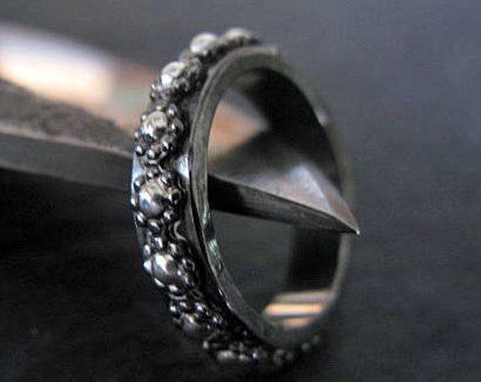 Black Floral Wedding Band