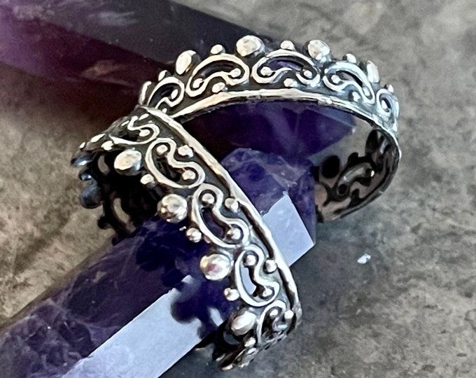 Silver Palladium Vintage Style Wedding Ring