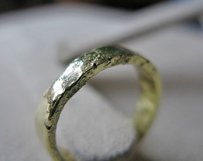 18K Yellow Gold Ring 5mm Solid Gold