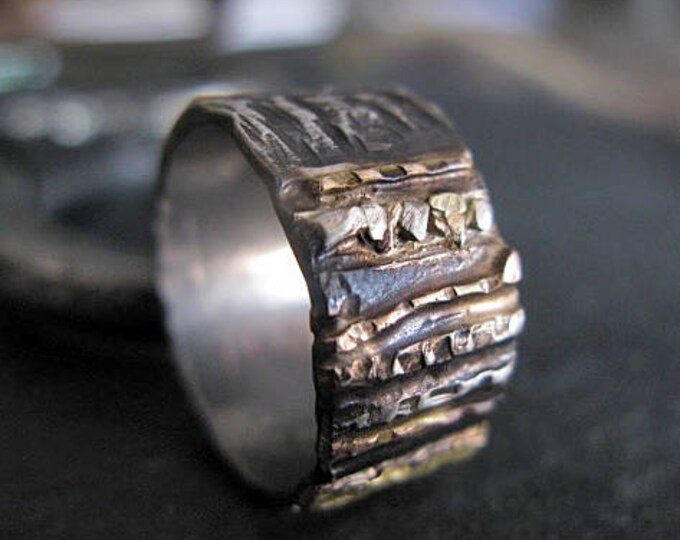 SALE Size 7-1/2 Mens Wedding Band 10mm Silver and Gold