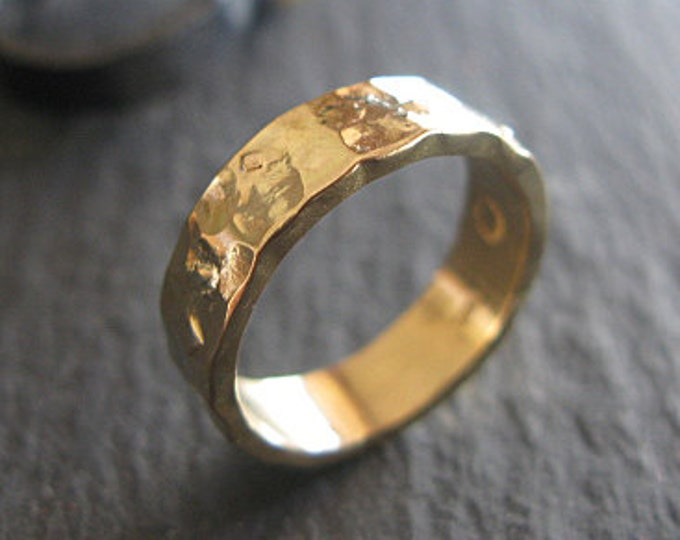 Handmade Wedding Band 5mm 18K Gold