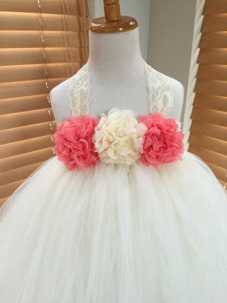Vestido de nina blanco con coral