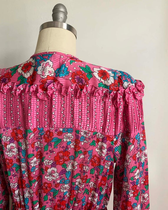 1980s Diane Freis Pink Pleated Dress - image 6