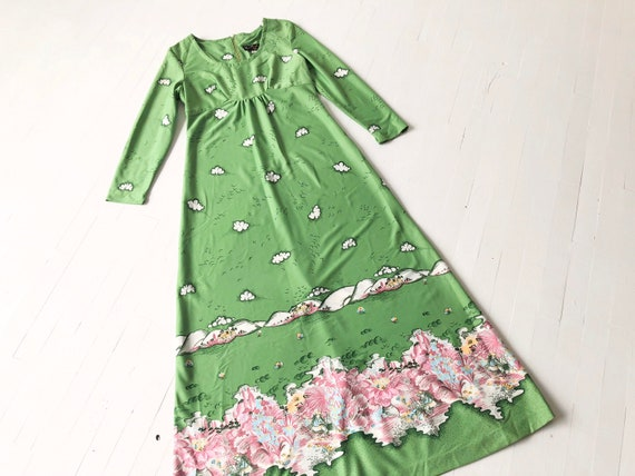 1970s Green Novelty Print Maxi Dress