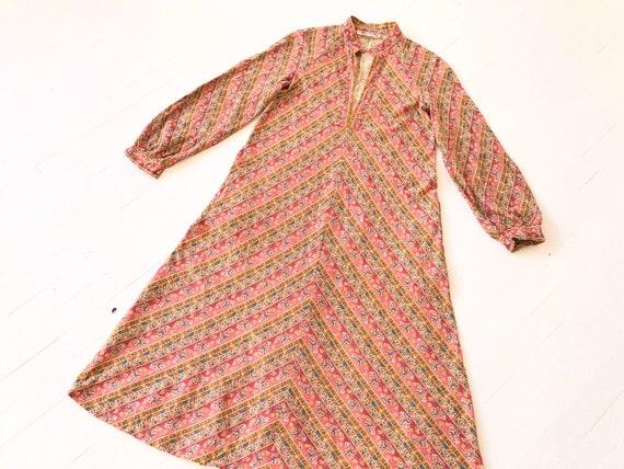 1970s Patterned Caftan Dress