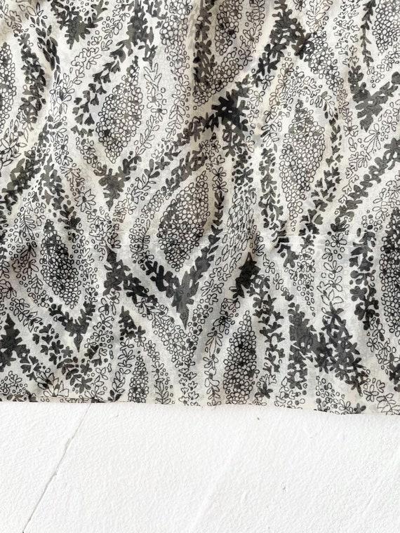 1950s Printed Sheer Chiffon Dress - image 4