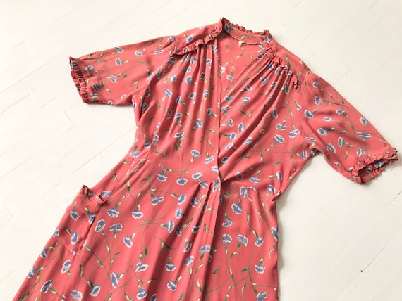 1940s Floral Rayon House Dress / Duster