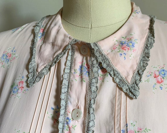 1930s Silk Floral Nightgown