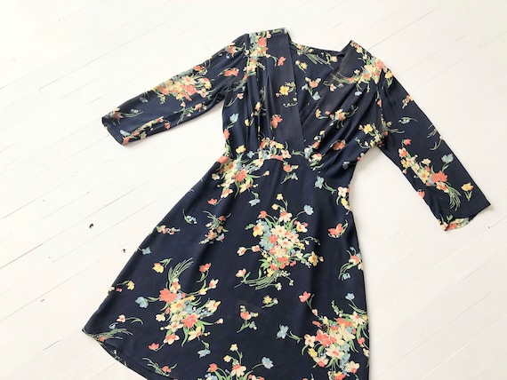 1940s Floral Rayon Dress - image 6