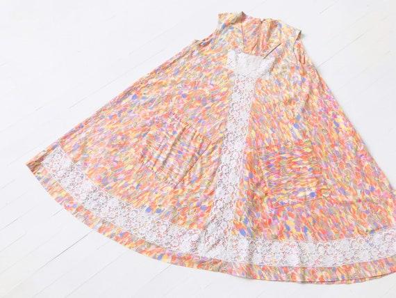 1960s Printed Lace Trapeze Dress