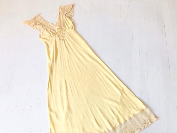 1940s Pale Yellow Rayon + Lace Slip