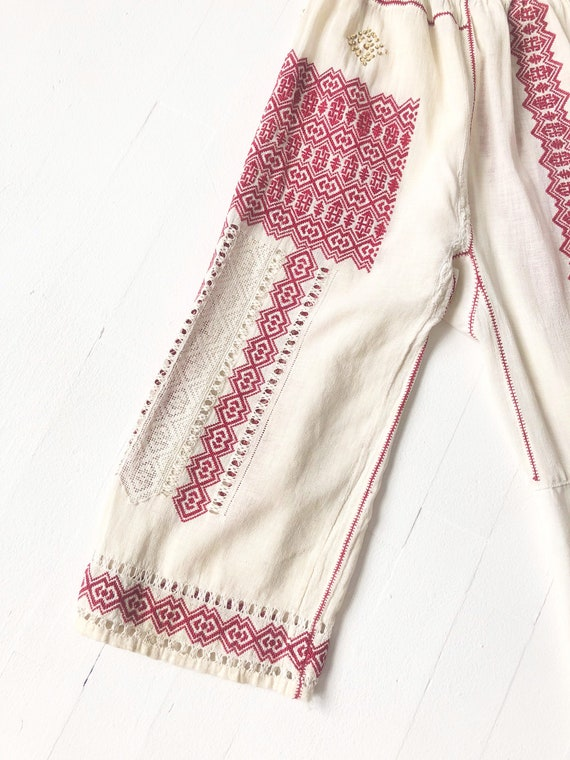 1940s Romanian Embroidered Blouse - image 6