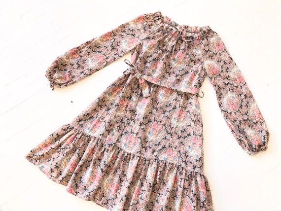 1970s Floral Print Dress