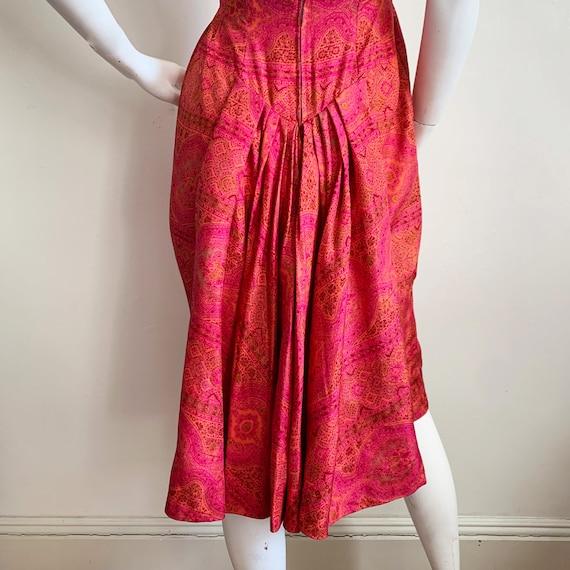 Early 1960s Paisley Silk Suzy Perette Dress - image 6