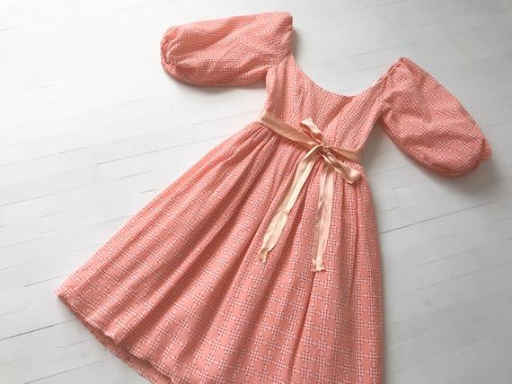 1980s Peach Diamond Print Dress with Balloon Sleev