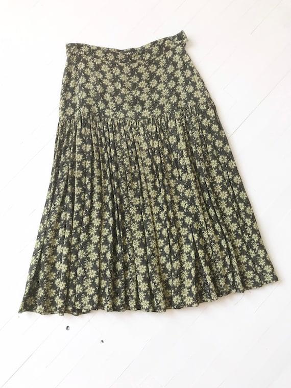 1990s Escada Rayon Floral Skirt - image 3