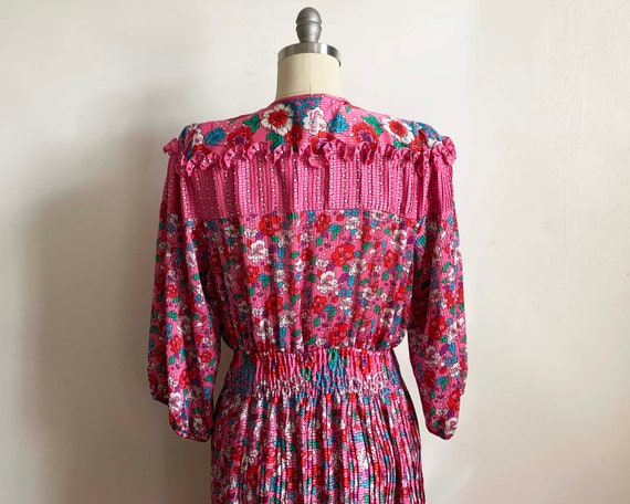 1980s Diane Freis Pink Pleated Dress - image 5