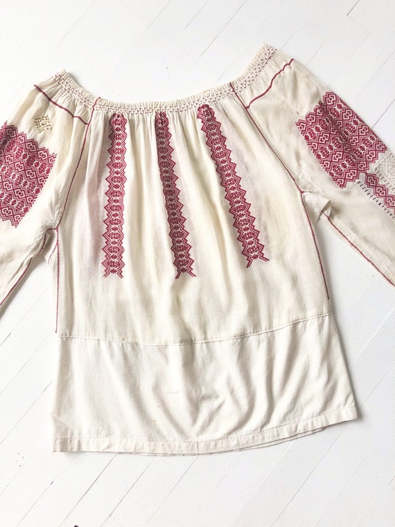 1940s Romanian Embroidered Blouse - image 5