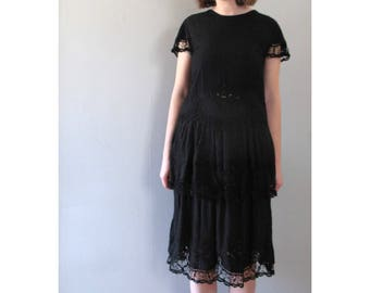 little black dress - 80s vintage cotton lace embroidered layered flounce flutter short sleeve cut out knee midi length feminine cocktail
