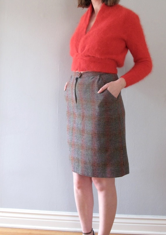 6b8d4bec3fea0 plaid mini skirt 70s vintage wool knit high waisted woven