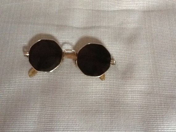Vintage John Lennon Beatles wireframe sun glasses
