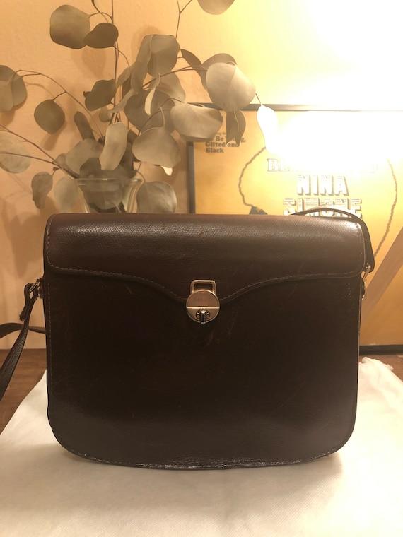 Vintage 1970s Gucci Brown Leather Shoulder Bag - image 1