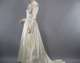 Courthouse Wedding Dresses 1940 Style