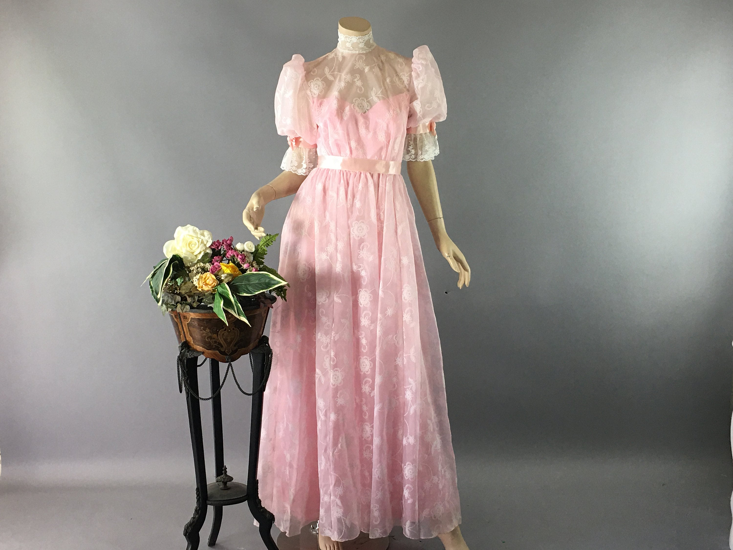 80s Dresses | Casual to Party Dresses Vintage 1980S Edwardian Style Dress, Xs Cottagecore Pink  White High Neck Lace Prom Puff Sleeve Bridgerton Formal Wear $168.00 AT vintagedancer.com