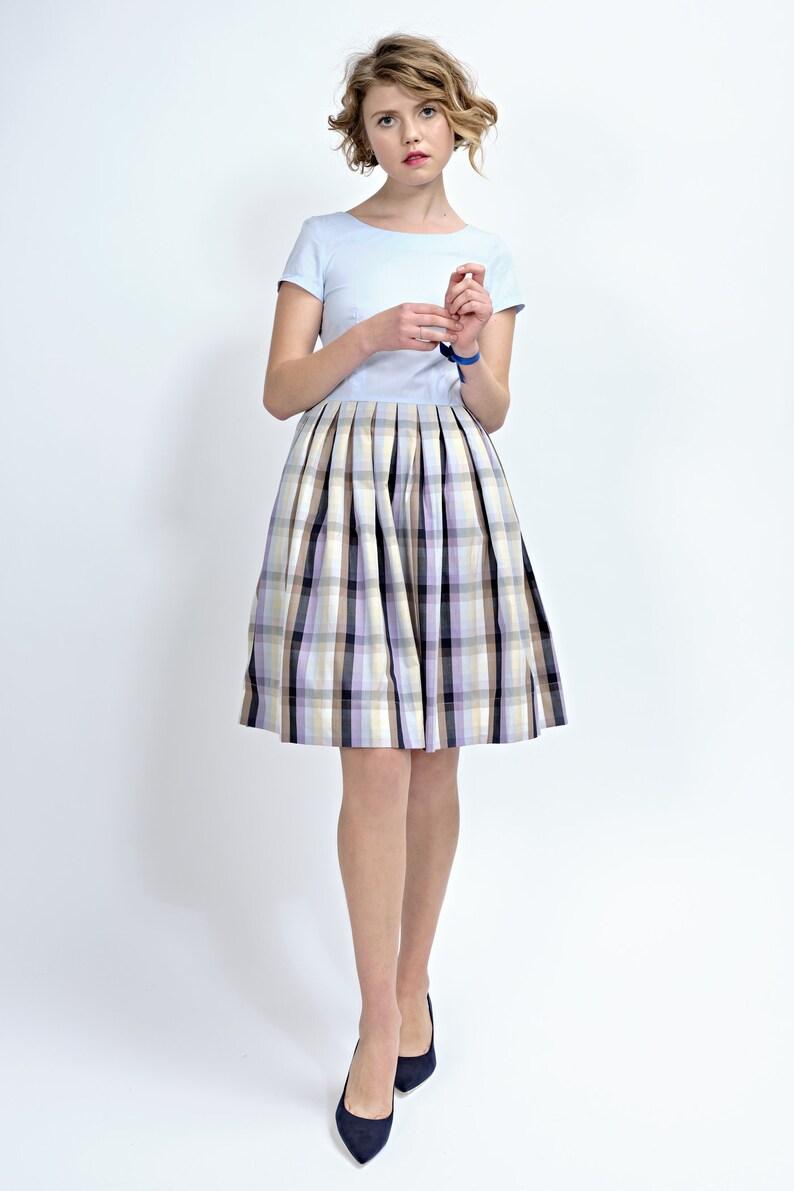 d9fc7251b96 Robe des années 1950 Flare robe à carreaux genou longueur