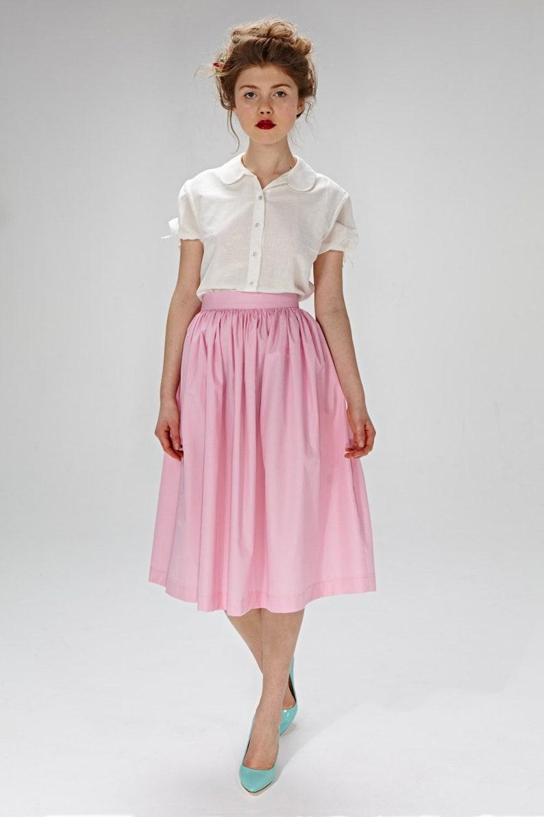 5ff900c2137da8 Jupe mariée rose, jupe plissée, jupe en Satin, jupe évasée, jupe Midi, jupe  de demoiselle d'honneur, jupe, jupe poche, jupe rétro, Plus la ...