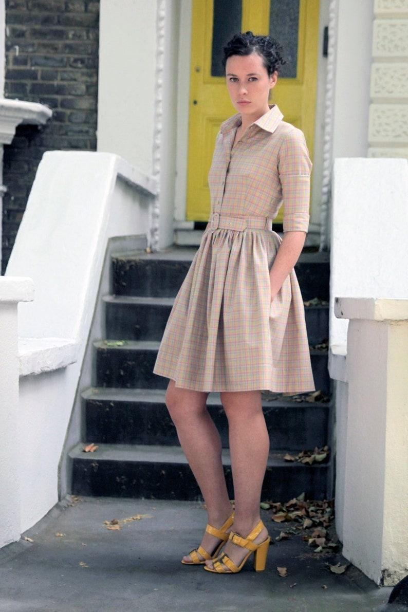 e3b332d3225 Femmes robe Beige robe en laine robe ceinture chemise