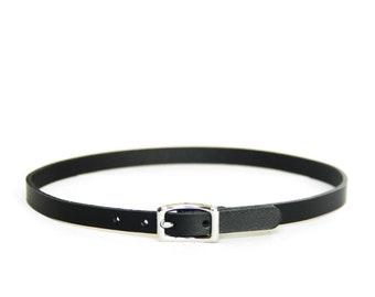 Mini Basic Buckle Choker -- Black Leather Choker