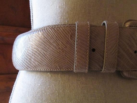 DONNA KARAN Italian Lizard Embossed Leather Belt,… - image 4