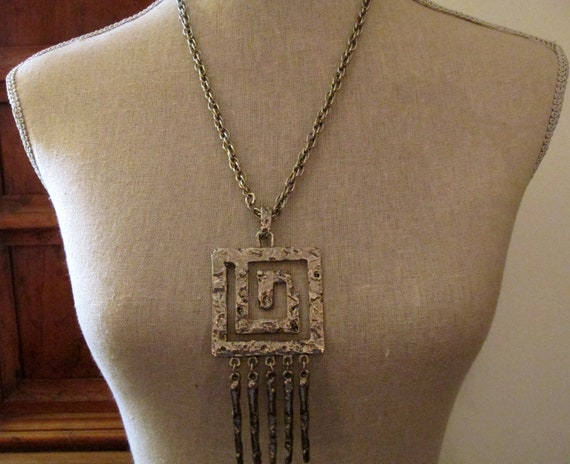 HOBE Texture Pendant Necklace with Fringe, 1970s B