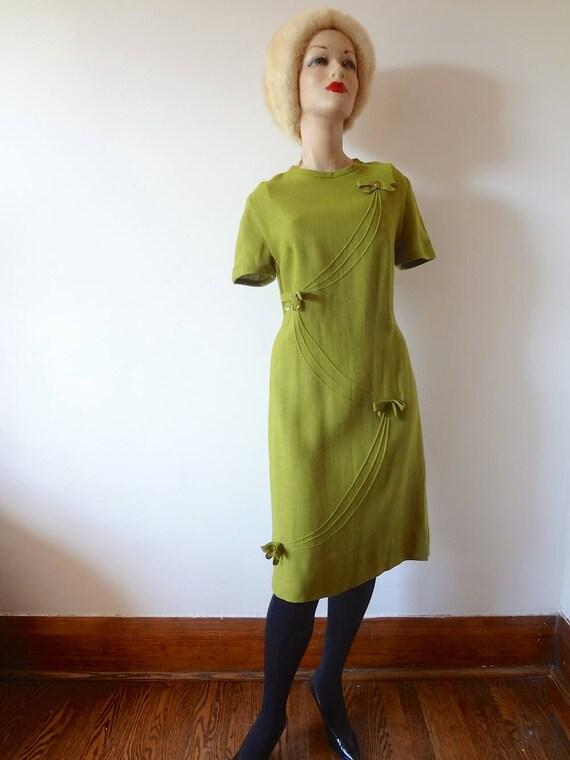 1960s Mod A-line Dress vintage avocado green rayon