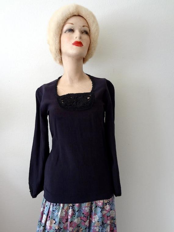 1970s Cotton Hippie Blouse / black crochet lace de
