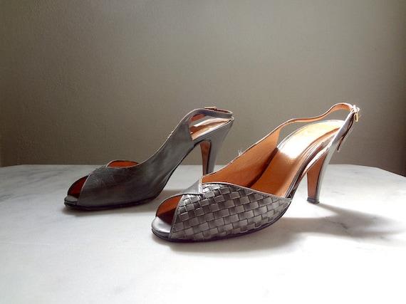 1970s Peep Toe Pumps Leather Sling Back Heels Pewter Color Etsy