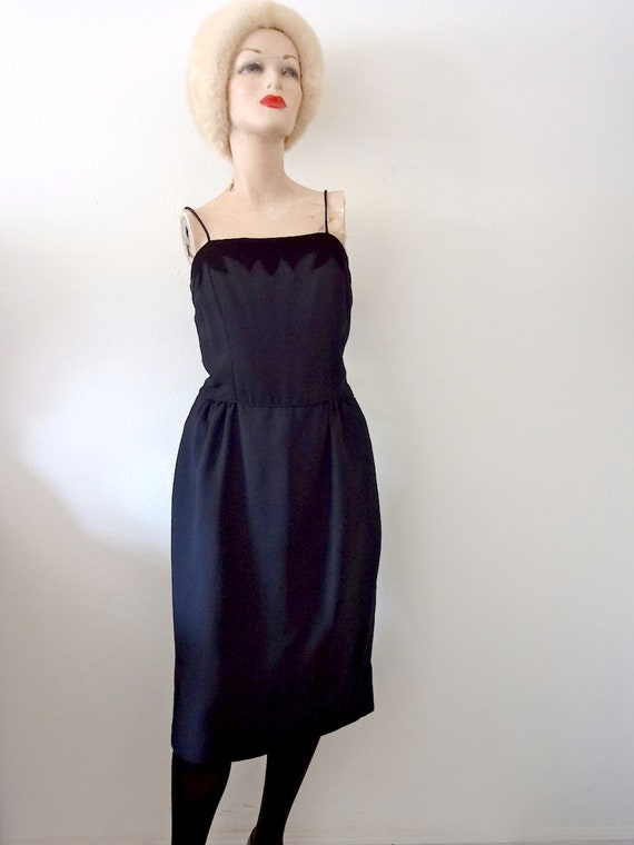 1950s Party Dress - black wiggle dress - vintage c