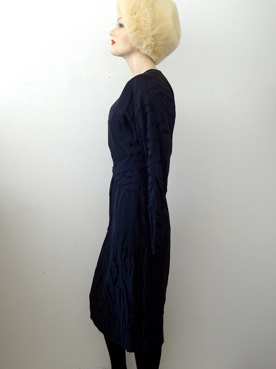 1980s Pauline Trigere Cocktail Dress / black silk… - image 4