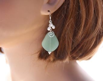 Green Sea Glass Earrings, Seaglass Earrings, Sea Glass Jewelry, Wedding Earrings, Bridal Earrings, Bridesmaid Beach Jewelry Seaglass Jewelry