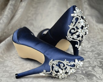 8eca86bbff7f Wedding Shoes by Pink2Blue Crystal Applique Design Bridal Shoes Pumps Ivory  Satin Shoes Bridesmaid in Wedding Navy Blue Bridal 3.5 inch heel