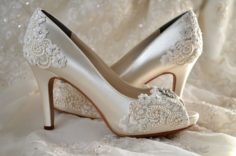 7d553d15f06 Wedding Shoes - FREE Custom Colors- Vintage Wedding Lace Peep Toe 3 1/4