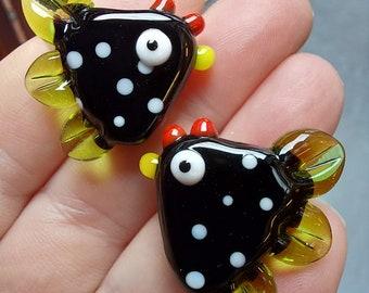 Spotty Black Ckicken Bead (single bead) - hand sculpted lampwork glass beads