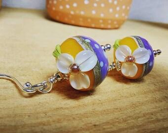 Summer Polkadot Daisy Earrings - sterling silver - Handmade glass bead - ukhandmade
