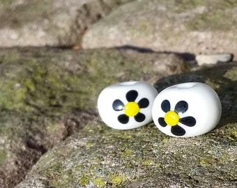 Little Daisies Lampwork Earring Pair Beads SRA OOAK