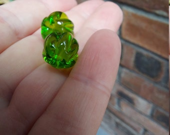 Transparent grass green pumpkin shaped beads - lampwork glass beads - UKhandmade