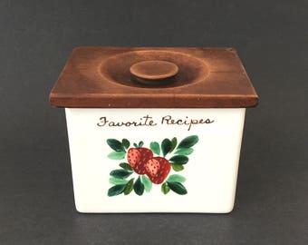 Vintage Bauer Ceramic Recipe Box Wood Lid Strawberry Farmhouse Kitchen Decor
