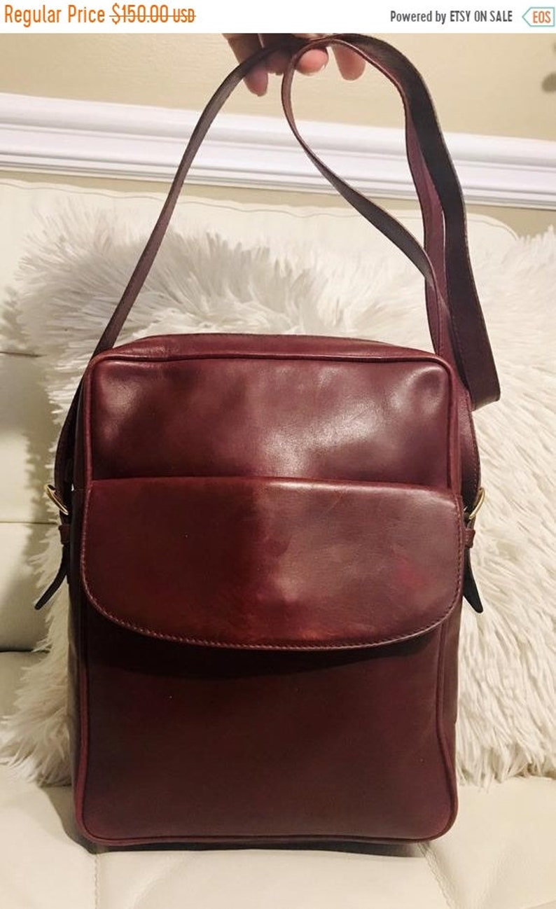 2719351818fb6 Liquidation Authentic Vintage 60s GUCCI Purse-Burgundy leather Crossbody  Bag -Black Calf Skin Lined-field Bag Travel