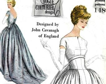 John Cavanagh of London Designer Bust 34 1960s VOGUE Couturier Designer  Pattern 1317 Beautiful Ladies Suit and Blouse