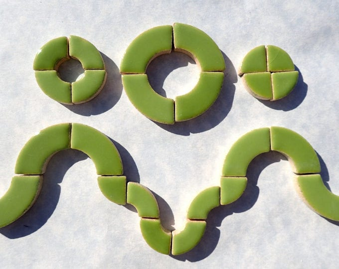 Kiwi Green Bullseye Mosaic Tiles - 50g Ceramic Circle Parts in Mix of 3 Sizes